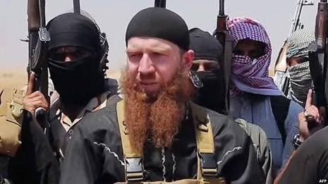 """""""Bộ trưởng chiến tranh"""" IS chưa chết - ảnh 1"""