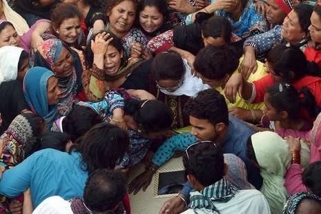 Pakistan bắt hơn 5.000 người sau vụ đánh bom làm 72 người chết - ảnh 1