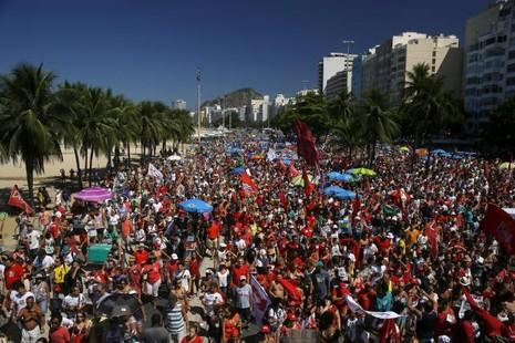 Tổng thống Brazil không vượt qua bỏ phiếu luận tội tại Hạ viện - ảnh 1