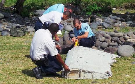Xác nhận hai mảnh vỡ ở Mozambique đúng là của MH370 - ảnh 1
