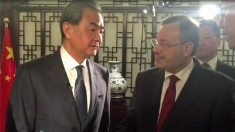 Trung Quốc nói 'không gây mất an toàn cho máy bay Mỹ' - ảnh 1