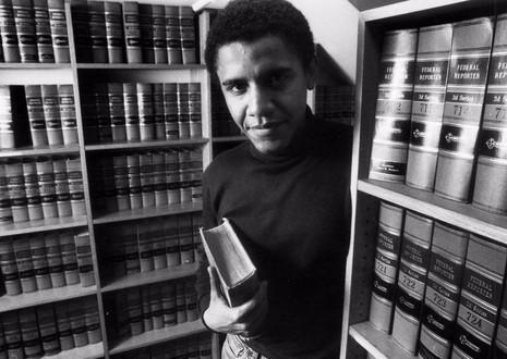 Chàng trai Obama tại đại học Harvard ngày 5-2-1990.