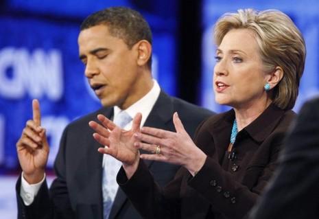 Hai ứng viên tổng thống Dân chủ Obama và Clinton tranh luận trên truyền hình tại California ngày 31-1-2008.