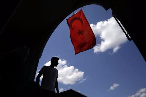 Cờ quốc gia Thổ Nhĩ Kỳ ở TP Istanbul ngày 14-8.