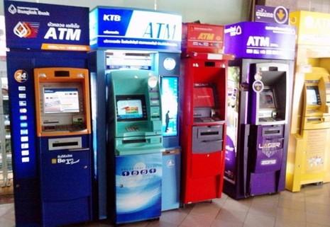 Trụ ATM ở Bangkok (Thái Lan).