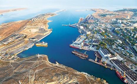 Cảng biển Sevastopol (Crimea) vẫn có tàu châu Âu đến làm ăn bất chấp lệnh trừng phạt của phương Tây.