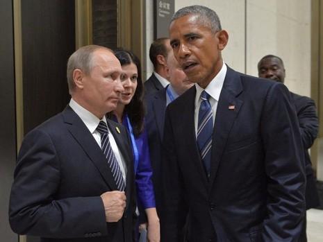 Tổng thống Mỹ Obama (phải) gặp Tổng thống Nga Putin bên lề hội nghị G20 ở Trung Quốc ngày 5-9.