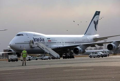 Máy bay Boeing 747 của hãng Iran Air trên sân bay Mehrabad ở Tehran (Iran) năm 2013.
