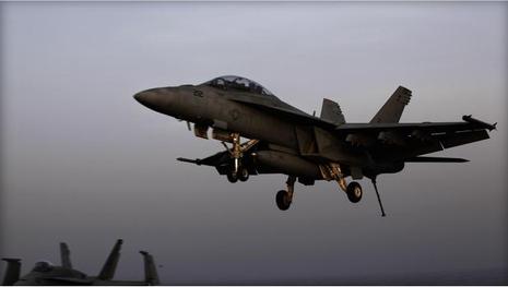 Máy bay Mỹ với nhiệm vụ không kích IS tại Syria và Iraq.