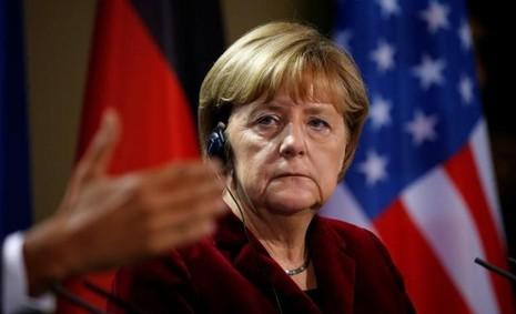 Thủ tướng Merkel ủy mị chia tay người bạn Obama.