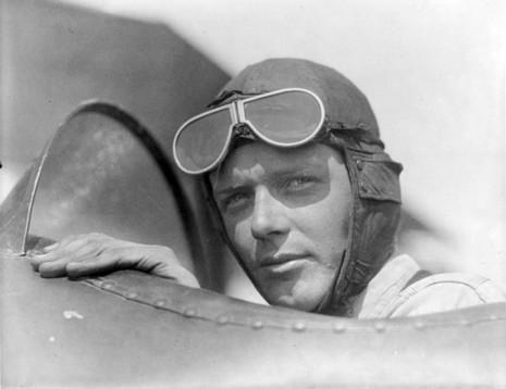 Huyền thoại phi công Charles Lindbergh nhận định Tổng thống Roosevelt đã muốn chiến tranh với Nhật trước vụ Trân Châu Cảng. Ảnh: PINTEREST