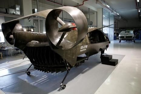"""""""Xe bay"""" Cormorant có giá khoảng 14 triệu USD. Ảnh: REUTERS"""