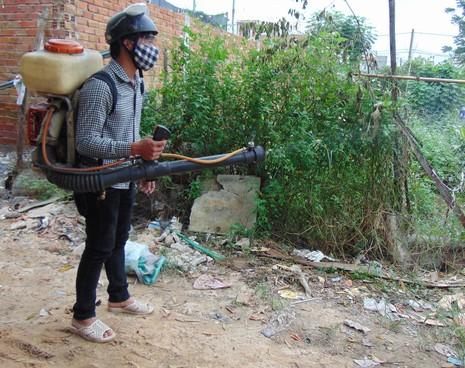 Quận 12 ráo riết phòng chống dịch Zika - ảnh 1