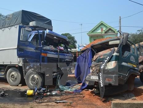 Đã có 22 người chết vì tai nạn giao thông ngày đầu tiên nghỉ lễ - ảnh 1