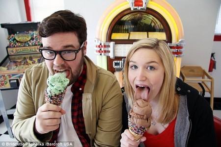 Adrianne và bạn trai Tim Hegedus