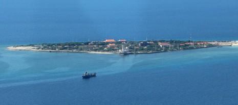 Ngắm toàn cảnh đảo Trường Sa lớn từ thủy phi cơ - ảnh 1