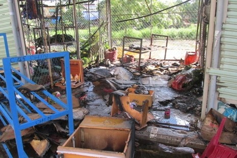 Cháy chợ Nông sản Thủ Đức, 6 ki ốt bị hư hỏng nặng - ảnh 3