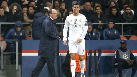 Ronaldo ra tối hậu thư cho Real Madrid: 'Hoặc là Benitez, hoặc là tôi' - ảnh 1