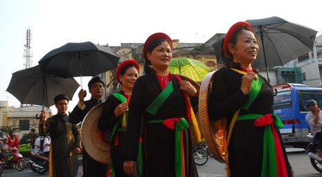 Rộn ràng lễ hội đường phố tết Nguyên tiêu ở Chợ Lớn Sài Gòn - ảnh 3