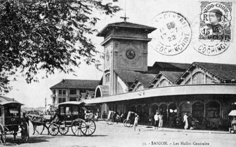 Một cô gái đánh cọp ngay lễ mở chợ Bến Thành 1914 - ảnh 1