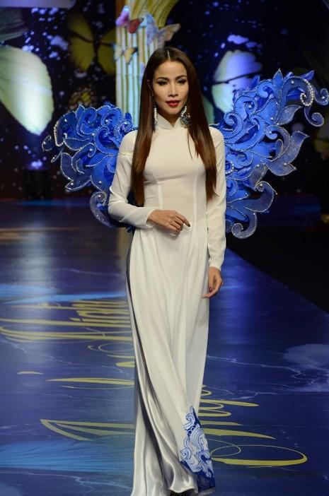 Trương Thị May, Kim Tuyến khoe sắc trong đêm diễn thời trang - ảnh 9