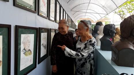 40 mẹ Việt Nam anh hùng hội ngộ tại nhà má Rành - ảnh 1