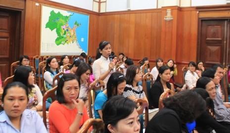Chủ tịch TP Đà Nẵng đối thoại với chị em phụ nữ  - ảnh 2