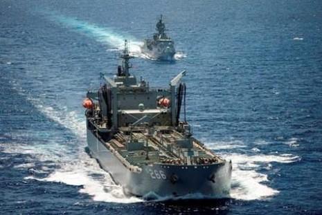 Hải quân Việt Nam và Úc trao đổi về năng lực kiểm soát tàu lạ  - ảnh 1