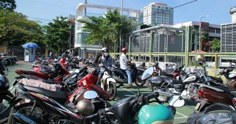 Đà Nẵng: Xe của dân hết cảnh phơi nắng dầm mưa - ảnh 1