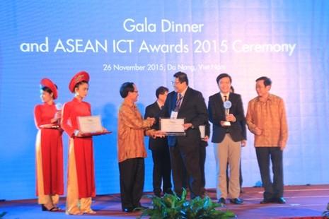 Đà Nẵng đoạt giải nhất về công nghệ thông tin ASEAN 2015 - ảnh 2