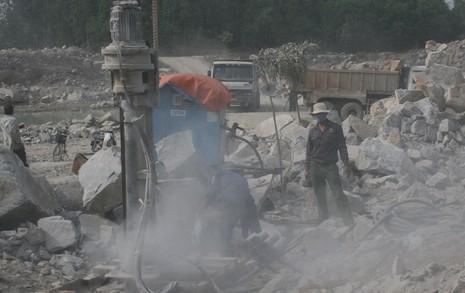 Chấm dứt hoạt động mỏ đá 'uy hiếp' khu đô thị Phước Lý - ảnh 1