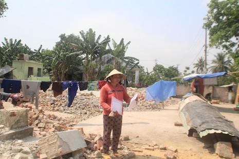 Yêu cầu PGĐ Trung tâm Phát triển quỹ đất xin lỗi dân - ảnh 1