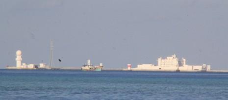 Cận cảnh công trình trái phép của Trung Quốc ở Gạc Ma và Huy Gơ - ảnh 7