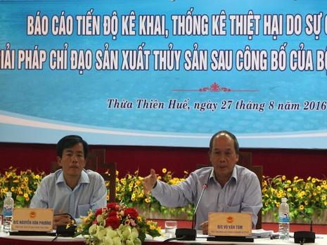 Hội nghị do Thứ trưởng Bộ NN&PTNT Vũ Văn Tám chủ trì tại Huế. Ảnh: NGUYỄN DO.