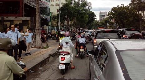 Sẽ xử phạt vi phạm giao thông qua camera ghi hình - ảnh 1