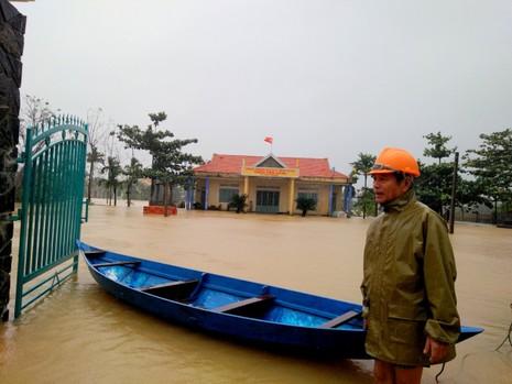 Quảng Nam: Hết ăn tết vì lũ vùi - ảnh 2