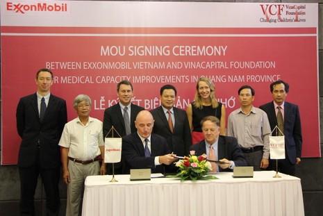 ExxonMobil tài trợ cho 8 bệnh viện ở Quảng Nam