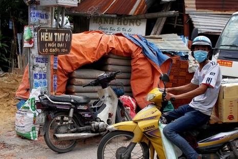 Chùm ảnh: Những tên đường 'có vấn đề' ở TP.HCM - ảnh 4