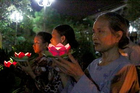Xúc động lễ cầu siêu cho 800 nạn nhân mất do tai nạn - ảnh 6
