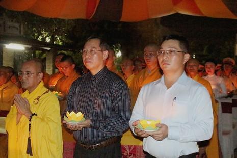 Xúc động lễ cầu siêu cho 800 nạn nhân mất do tai nạn - ảnh 7