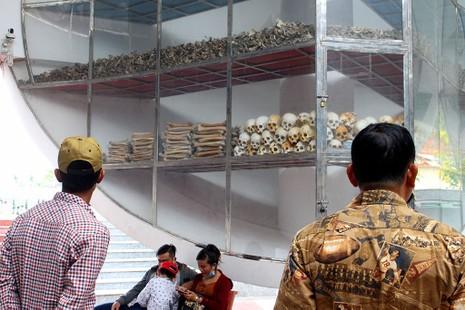 Về An Giang, uống càphê 4.000, ăn cá lóc 20.000 đồng/kg - ảnh 7