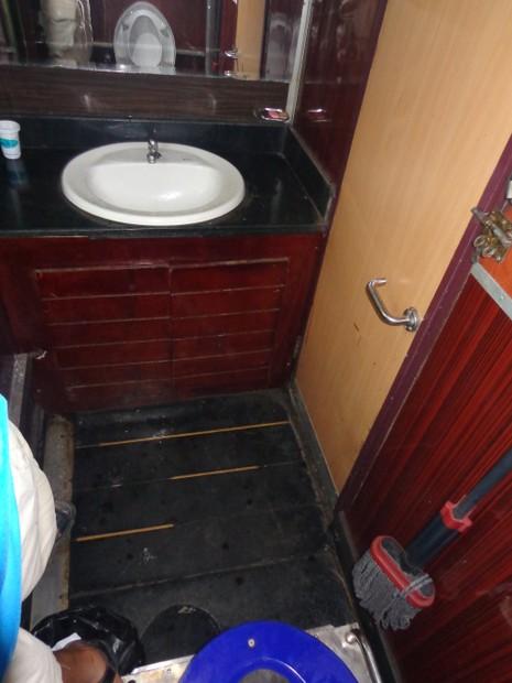 Chùm ảnh: Đường sắt đổi mới bắt đầu từ... cái toilet - ảnh 9