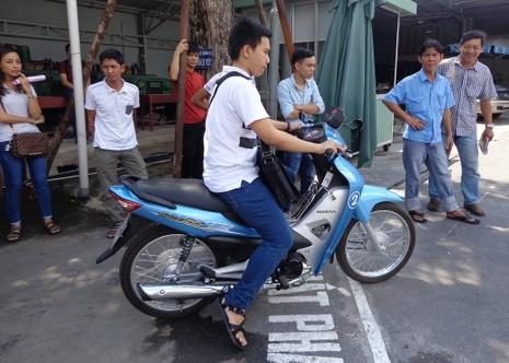 Kiểm tra các trường dạy lái xe ở TP.HCM - ảnh 4