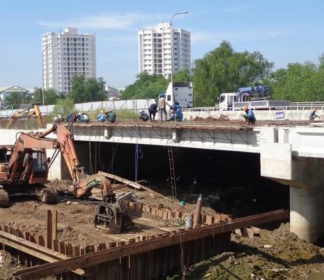 Bắt đầu xây cầu vượt, hầm chui tại nút giao Mỹ Thủy - ảnh 2