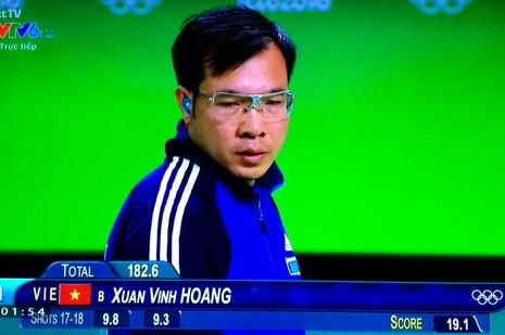 Nghẹt thở xem xạ thủ Hoàng Xuân Vinh đoạt HCV, phá kỷ lục Olympic - ảnh 3