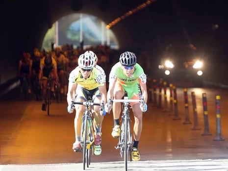 đua xe đạp