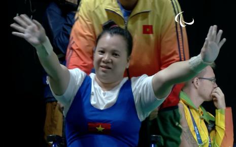 Vượt qua đối thủ Trung Quốc, Linh Phượng đoạt HCĐ cử tạ Paralympic - ảnh 1