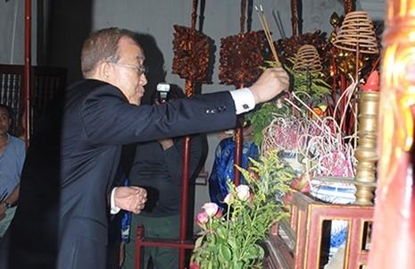 Phó Thủ tướng Phạm Bình Minh: Ông Ban Ki-moon đã đến nhà thờ họ Phan Huy - ảnh 1