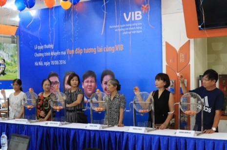 Thêm khách hàng VIB trúng giải thưởng đi Đức - ảnh 1