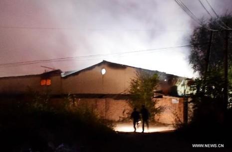 Thiên Tân rung chuyển: Lại nổ hóa chất trong đêm - ảnh 2